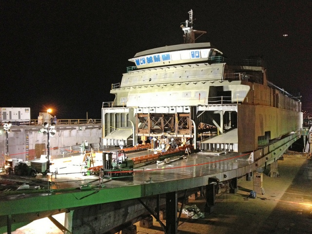 Transferring superstructure onto hull of Tokitae. Photo courtesy WSDOT.
